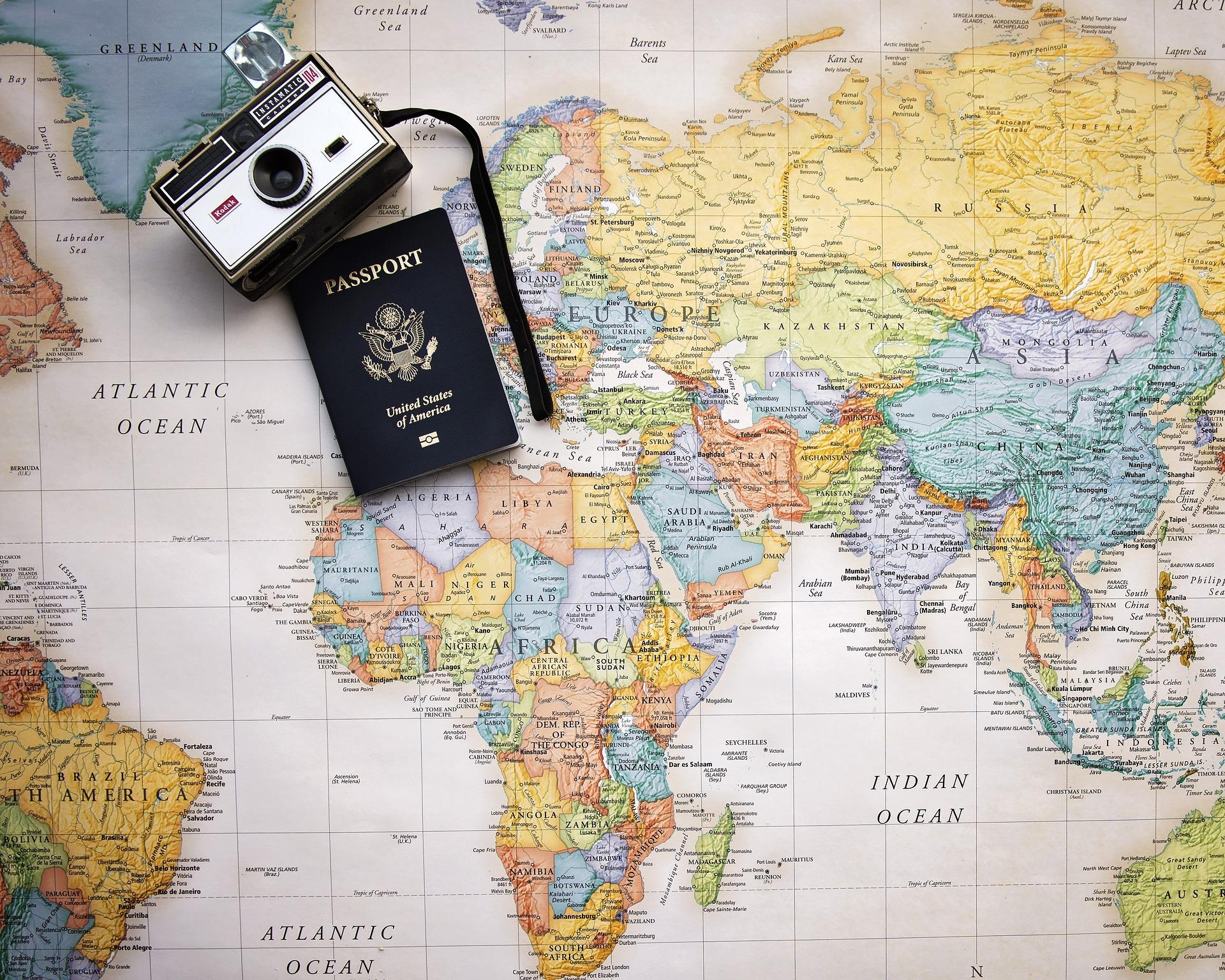passport-2714675_1920