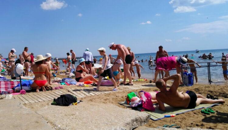 crimea_beach_Feodosiya1